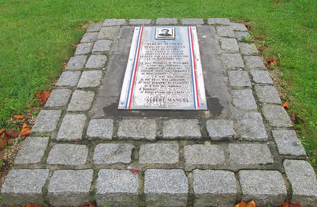 Honfleur, War Memorial, Resistance Plaque