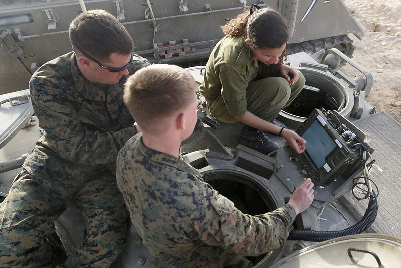 M113-Keshet-exercise-with-us-20140305-wf-2
