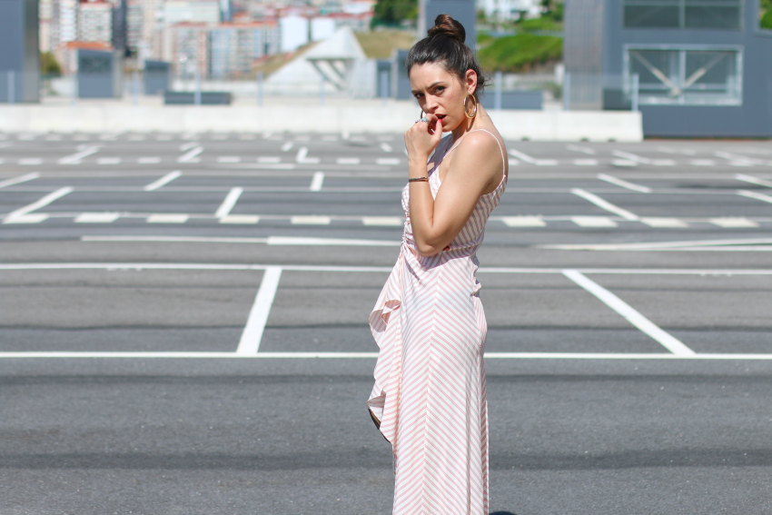 vestido asimétrico zara