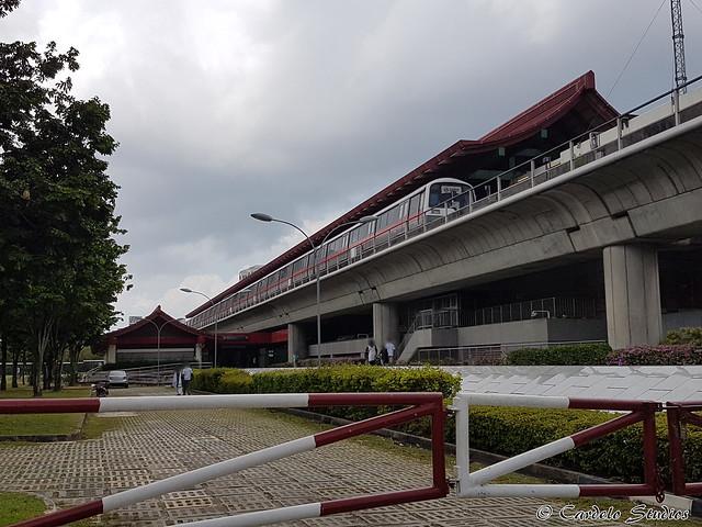 Lakeside MRT Station 01