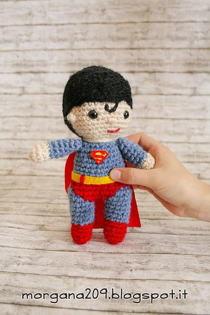 Superman&WonderwomanAmigurumi_11w