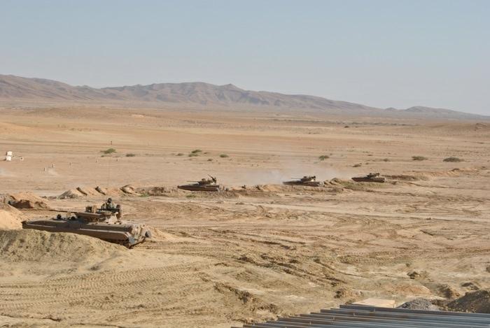 المناورات والتدريبات الجيش الوطني الشعبي الجزائري  [ l'ANP ]  - صفحة 11 34650186344_b7152b6c1b_o