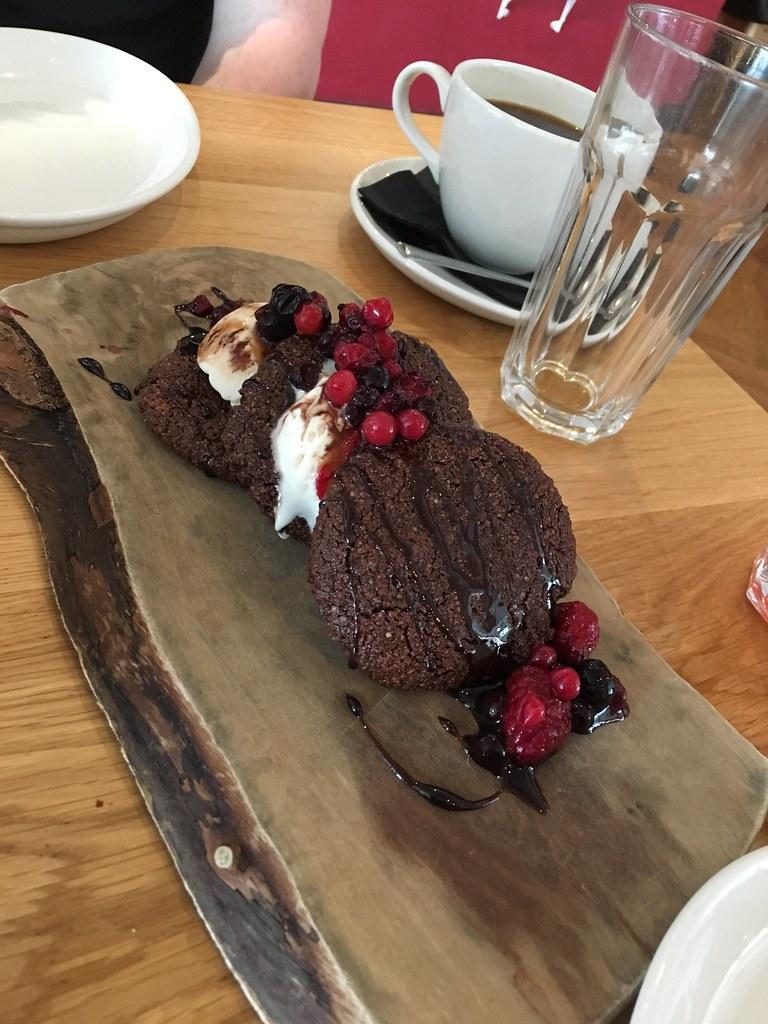 Dough dessert