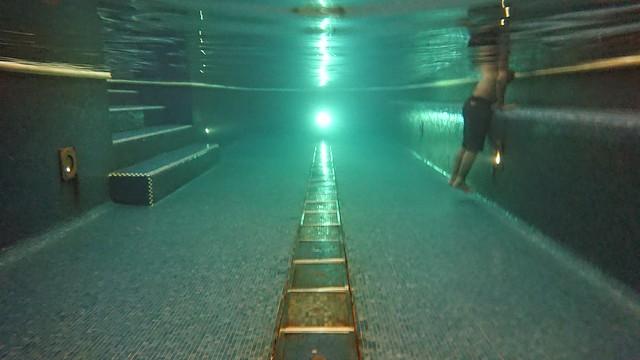 sony xperia xz premium underwater