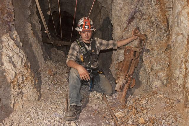 UEC-146 Mine