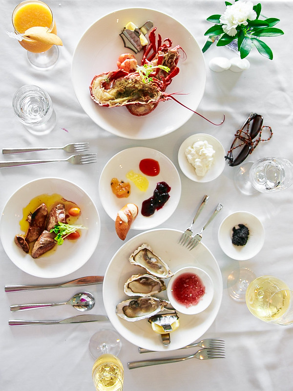 seafood table, seafood plates, Thailand life, Thailand food