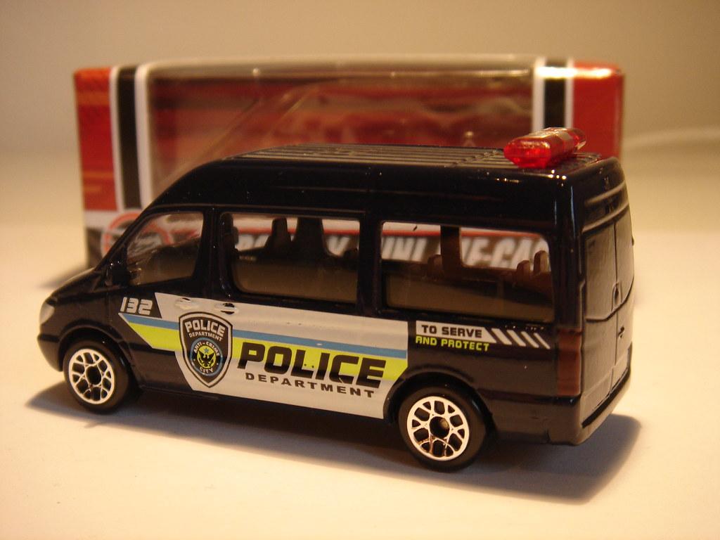 REALTOY MERCEDES-BENZ SPRINTER MK2 NO10 POLICE DEPARTMENT ...