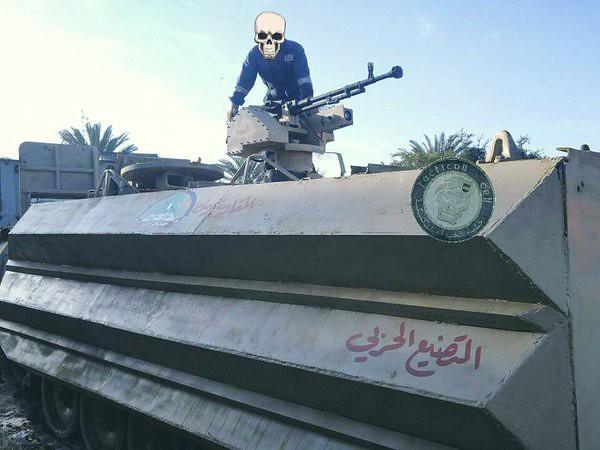 M113-sloped-armor-iraq-c2016-imo-5