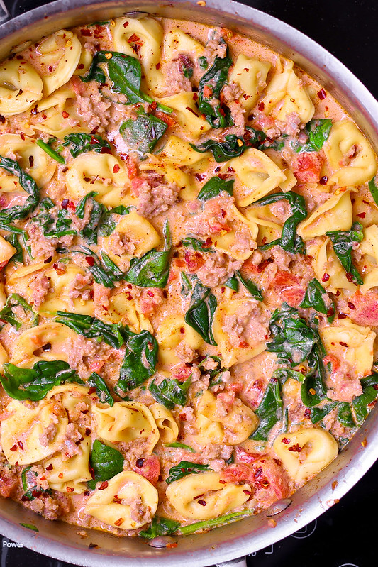 easy sausage pasta, easy sausage dinners, pasta recipes easy, easy tortellini