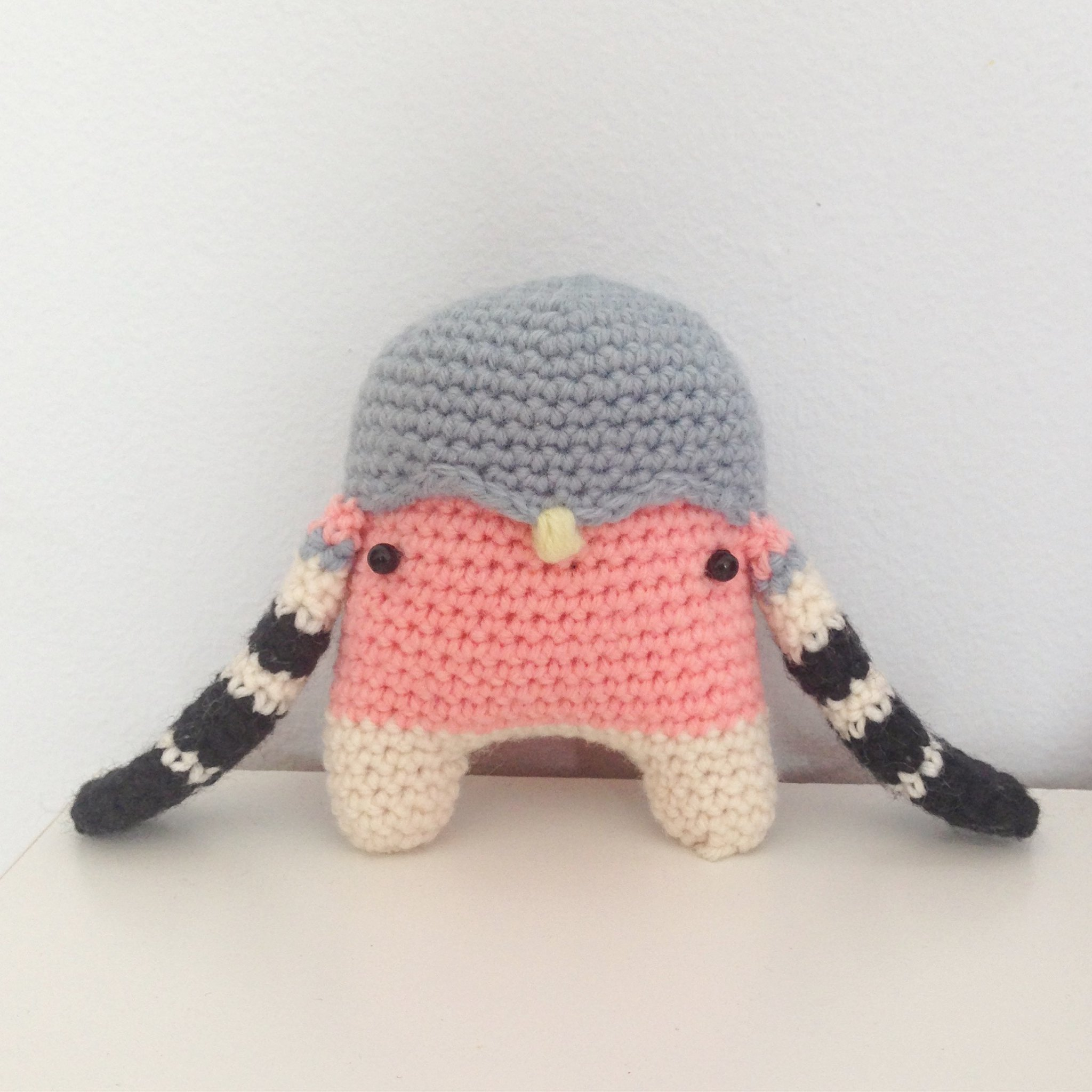 Crocheted chaffinch
