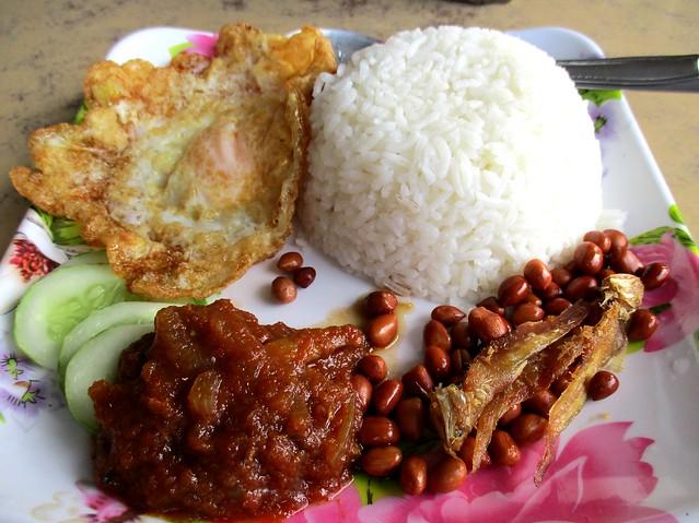 Yum Yum Cafe nasi lemak