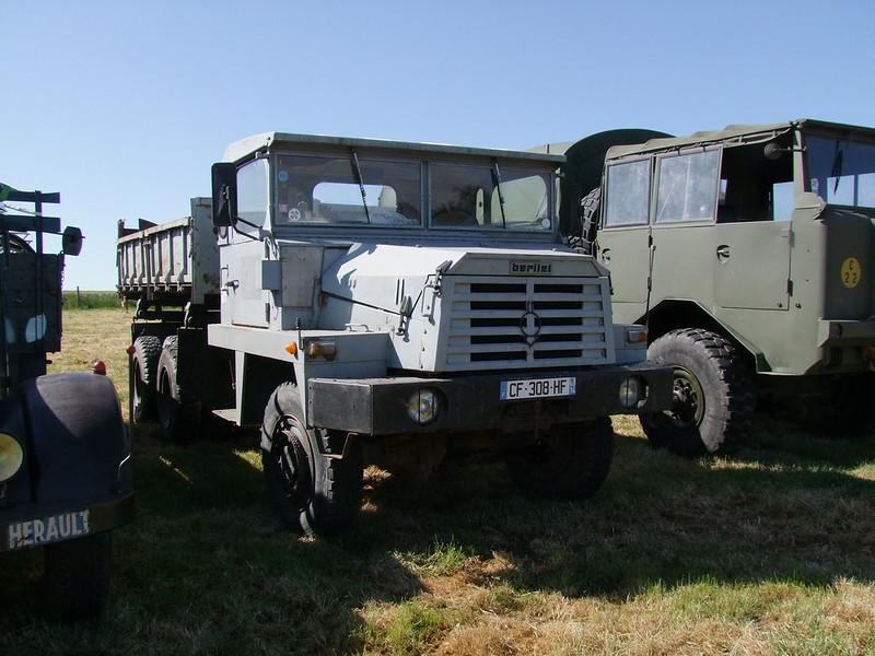Rassemblement de camions anciens en Normandie 35417090121_5861d71dda_c