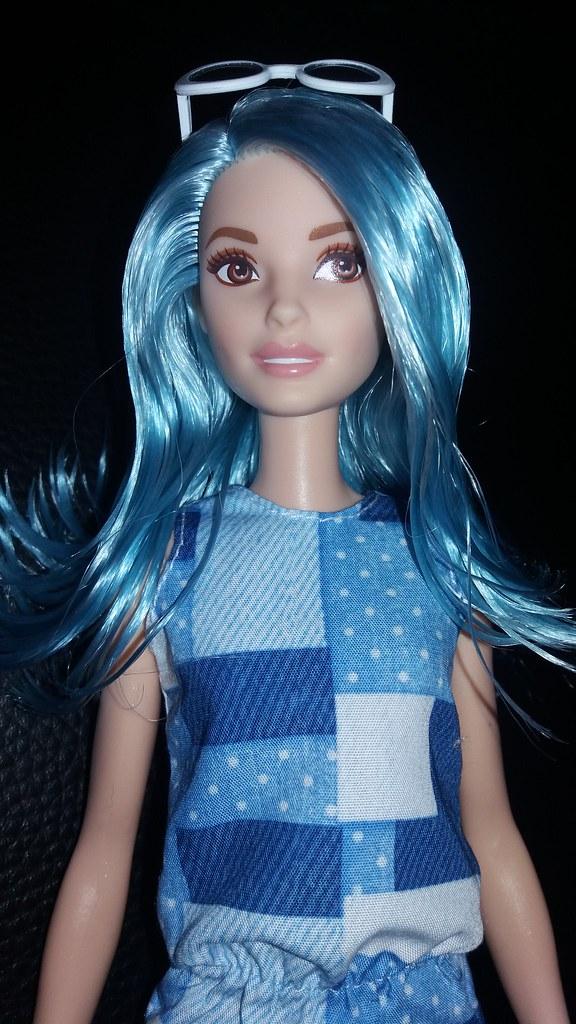 blue hair fashionista barbie