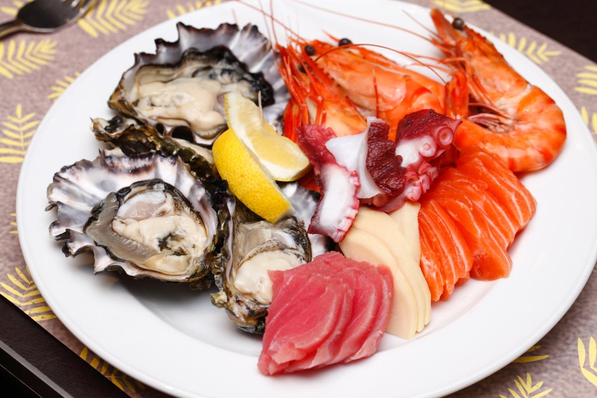 Shangri-la Lemon Garden Buffet Seafood