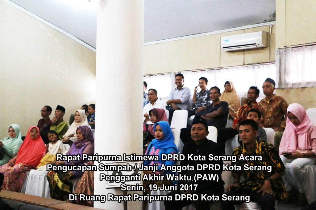 Foto Rapat Paripurna Juni