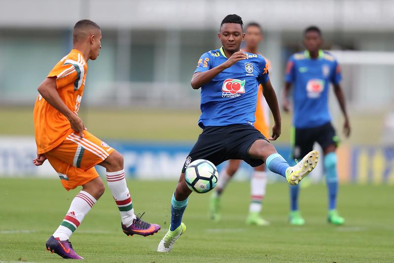 Jogo treino da Seleção Sub-17 contra o Fluminense na Granja Comary