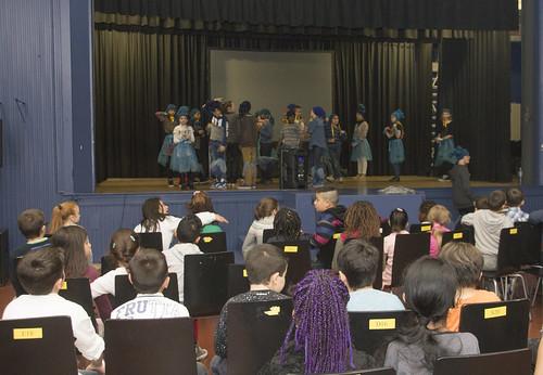 Fieris Féeries - Préparation avec les élèves du primaire de l'Athénée Lucie Dejardin