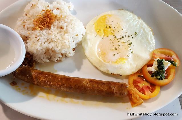halfwhiteboy - ted's bed and breakfast, sta cruz, laguna 13