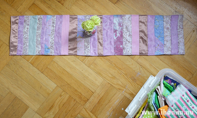 Sewing lilac scraps together to make a purple table runner, photo and sewing by iHanna #quiltin