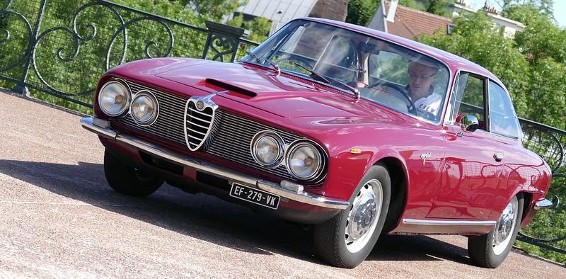 Alfa 2600 Sprint Bertone - Suresnes (92) Juin 2017 35106582841_6e69466ec3_c