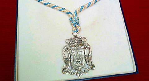 Medalla-Coronación-Salud