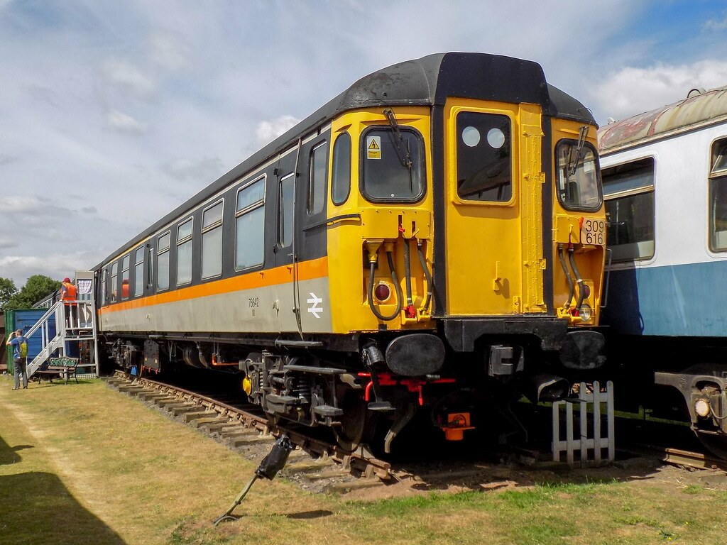 Flickr the uk class 302 304 305 307 308 309 310 312 br slam door - Clacton Unit By Jason Hood One Million Views Thanks