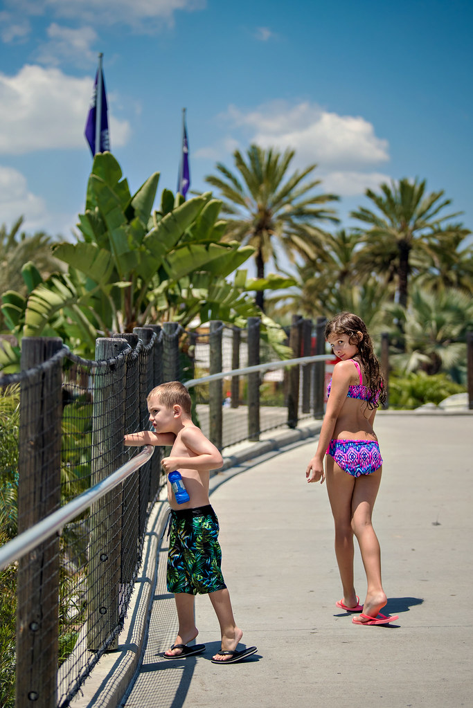 What to bring to a water park