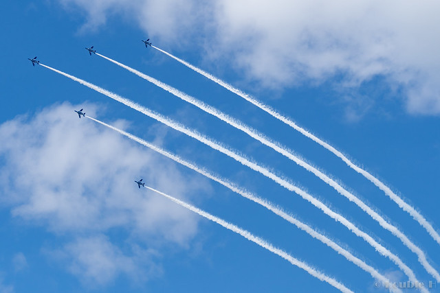 Blue Impulse's rehearsal flight for the 410th anniv. of Hikone Castle (36) Change Over Turn