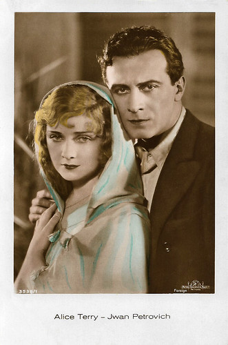 Alice Terry and Ivan Petrovich in The Garden of Allah (1927)