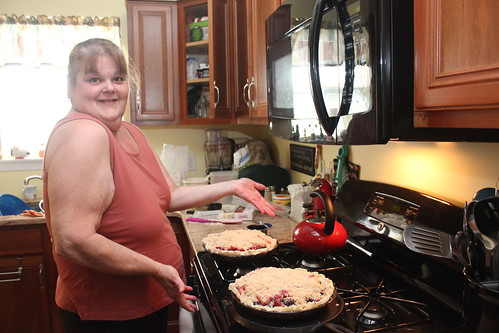 Cheri's Three Berry Pie