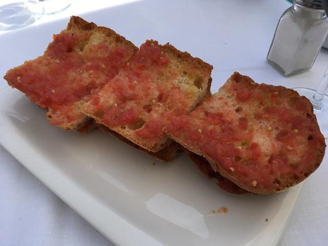 Pan con tomate - El Rincon de Pepe
