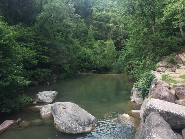 Piscina natural de La Garrotxa (Girona)