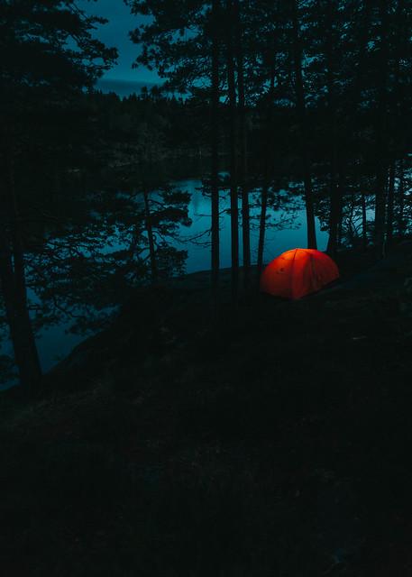 Nuku yö ulkona | Luonnon päivät