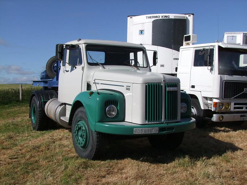 Rassemblement de camions anciens en Normandie 34732924073_6567657195_c