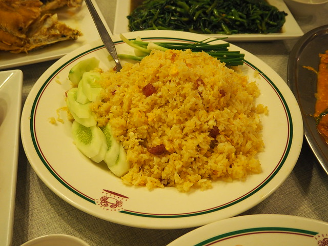 P6212372 ソンブーン・シーフードレストラン スラウォン店(Somboon Seafood Restaurant surawong) bangkok thailand バンコク タイ
