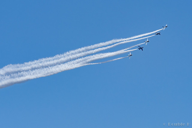 Blue Impulse's rehearsal flight for the 410th anniv. of Hikone Castle (34) Change Over Turn