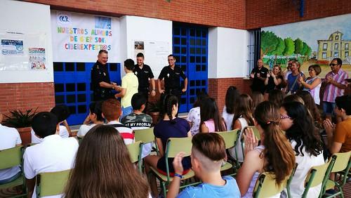 La Policía Nacional reconoce al alumnado del Giner de los Ríos como Ciberexpert@
