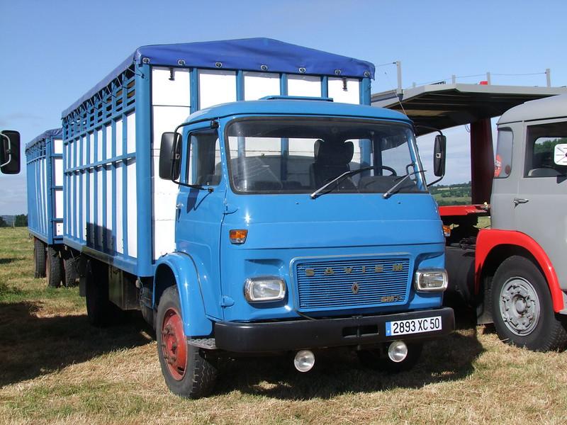 Rassemblement de camions anciens en Normandie 35540928345_ba34128fa9_c