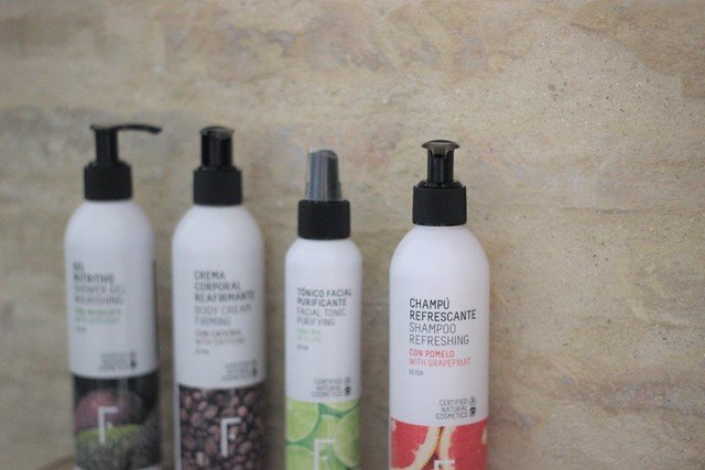 Freshly Cosmetics_ Rojo Valentino Blog (16)