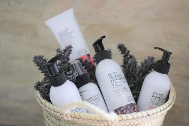 Freshly Cosmetics_ Rojo Valentino Blog (1)