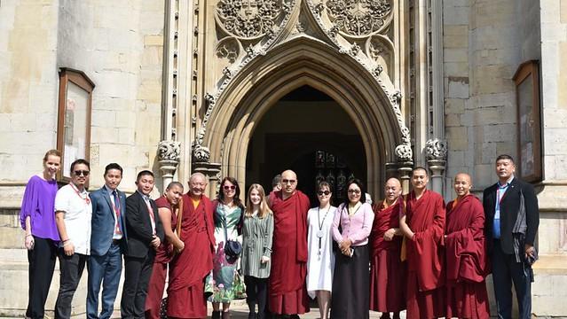 法王噶瑪巴參訪英國劍橋大學
