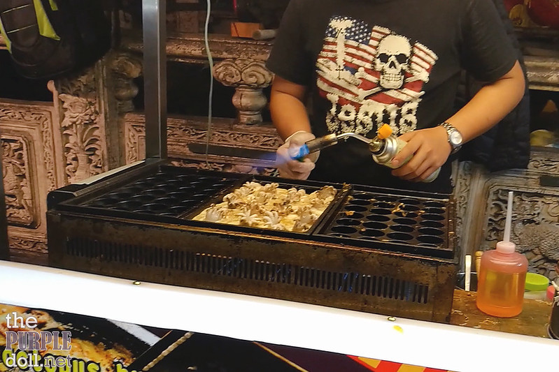 16-9 Blow-torched takoyaki at Shilin Night Market