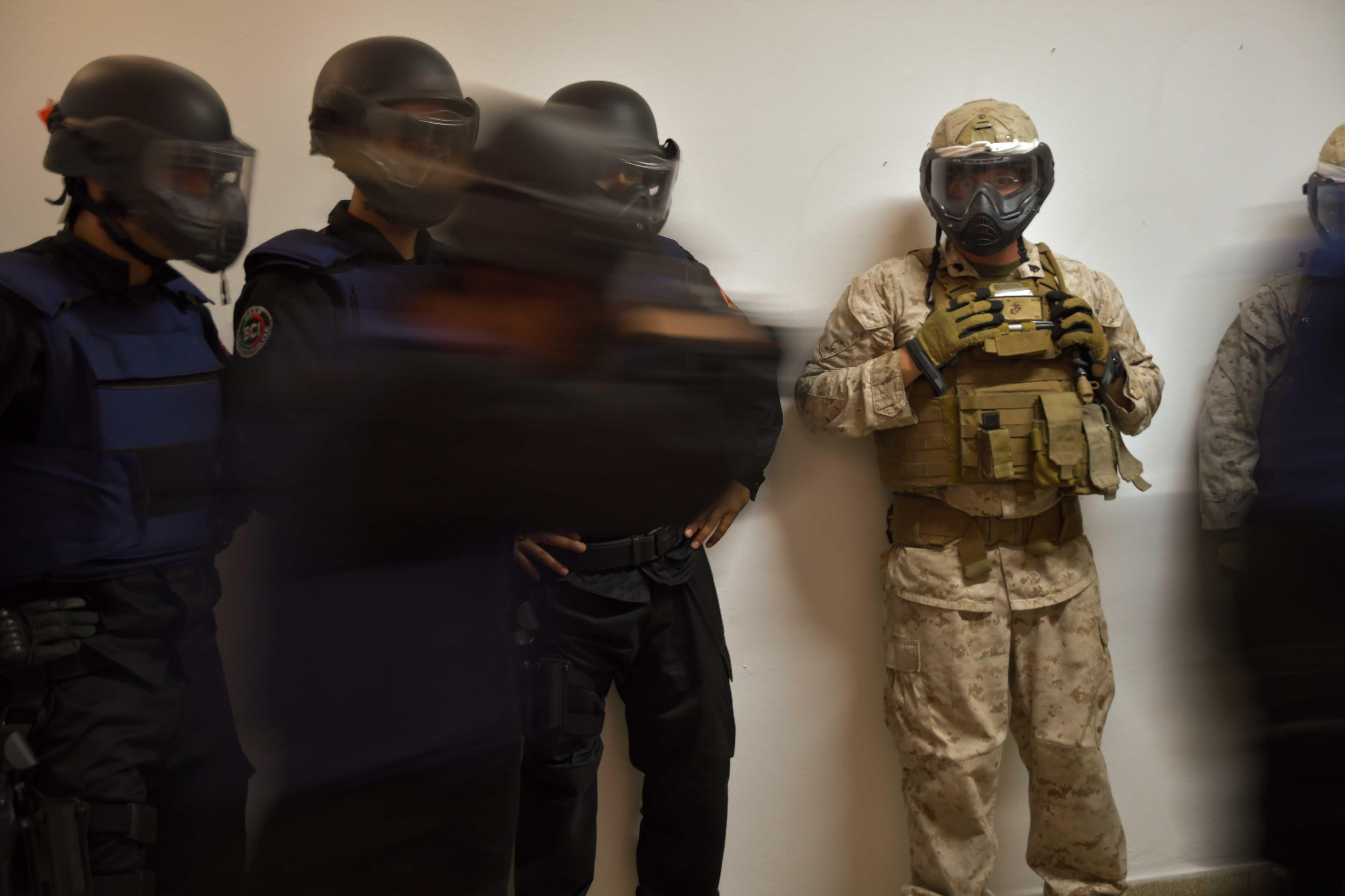 Moroccan Special Forces/Forces spéciales marocaines  :Videos et Photos : BCIJ, Gendarmerie Royale ,  - Page 11 35010133816_b36384a799_o