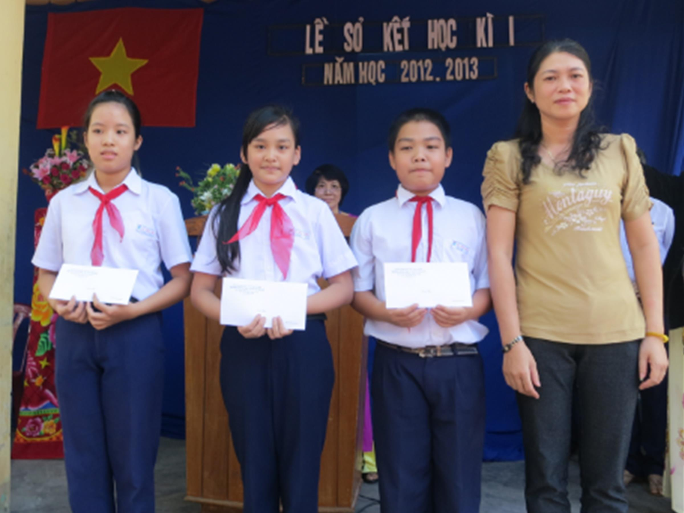 Lễ Sơ Kết Học Kỳ I Năm Học 2012 – 2013