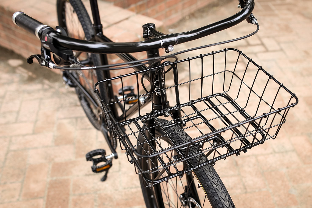 *SURLY* straggler complete bike