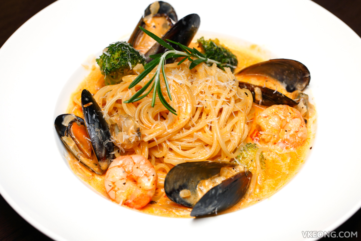 Table9 Bangsar Picante Seafood Pasta