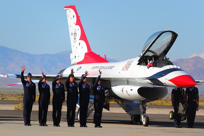 IMG_1612 Thunderbirds Pilots