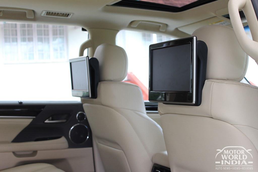 Lexus-LX-450d-Interiors (25)