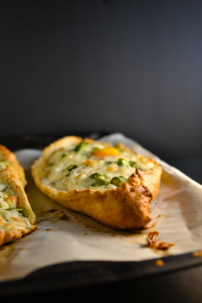 Khachapuri with Asparagus {Georgian Cheese Bread} | Things I Made Today