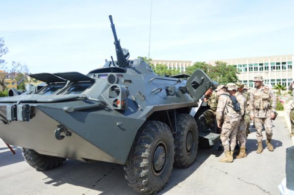 الجزائر : صلاحيات نائب وزير الدفاع الوطني - صفحة 14 34060692834_807e1a5007_o